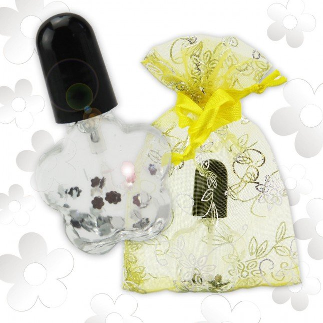 Nail Oil with Flowers in Flower Shaped Bottle